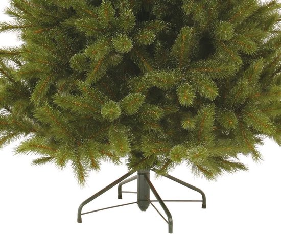 Triumph-trump-tree-frosted-tips (4)